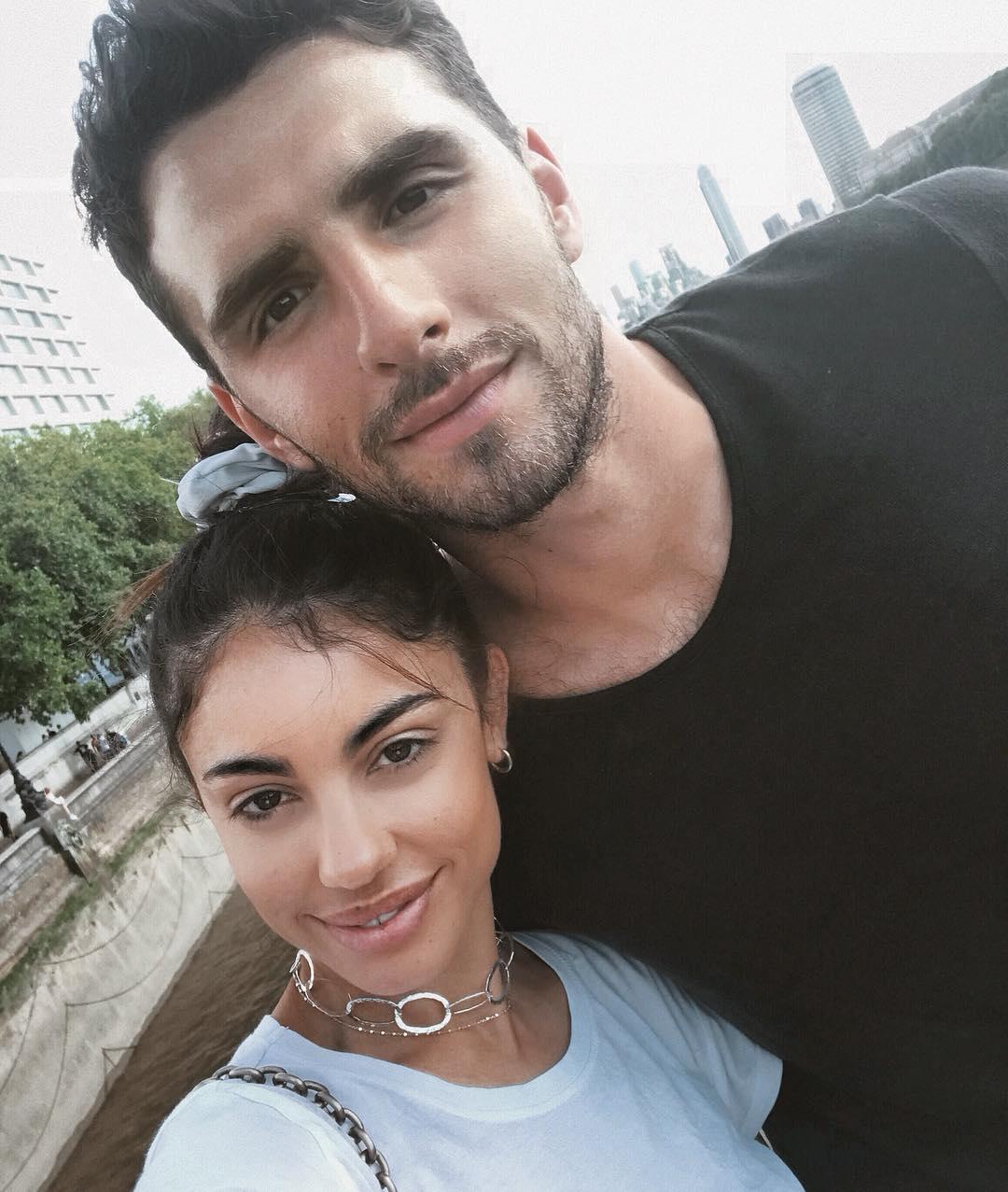 Το ζευγάρι της ελληνικής showbiz παντρεύεται – Μετά την επανασύνδεση, ήρθε η πρόταση γάμου!