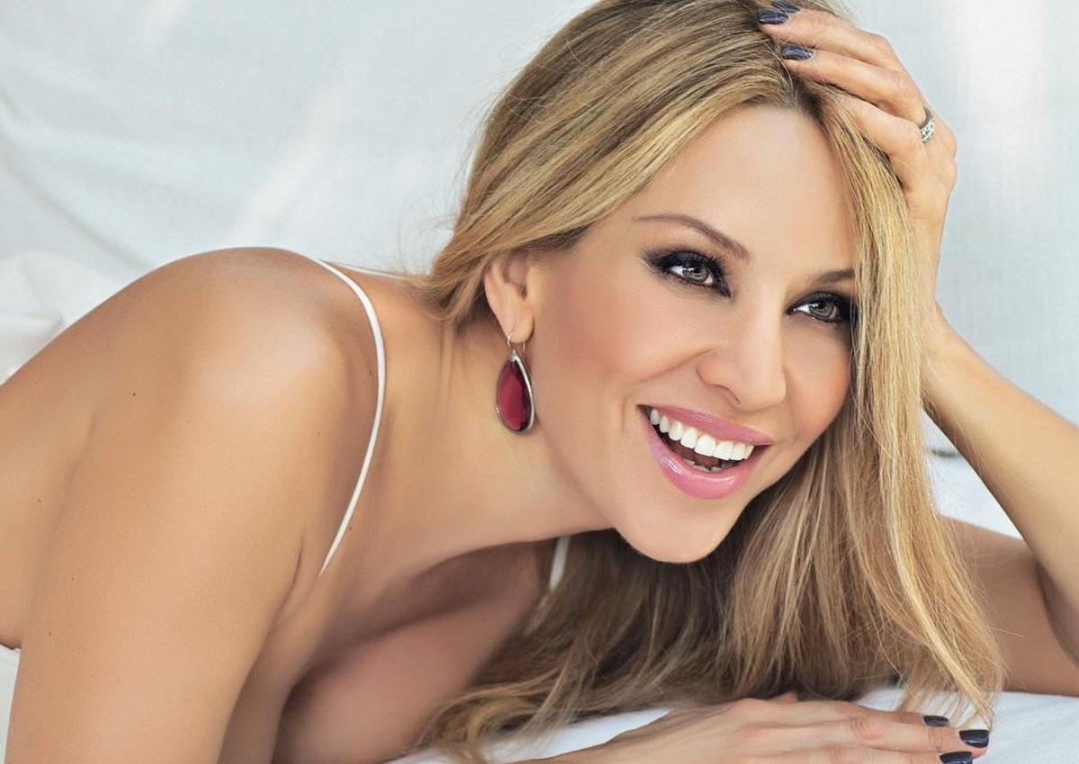 Αννίτα Ναθαναήλ: Η σέξι, ημίγυμνη, φωτογραφία της που δημοσίευσε και το μήνυμά της!   tlife.gr