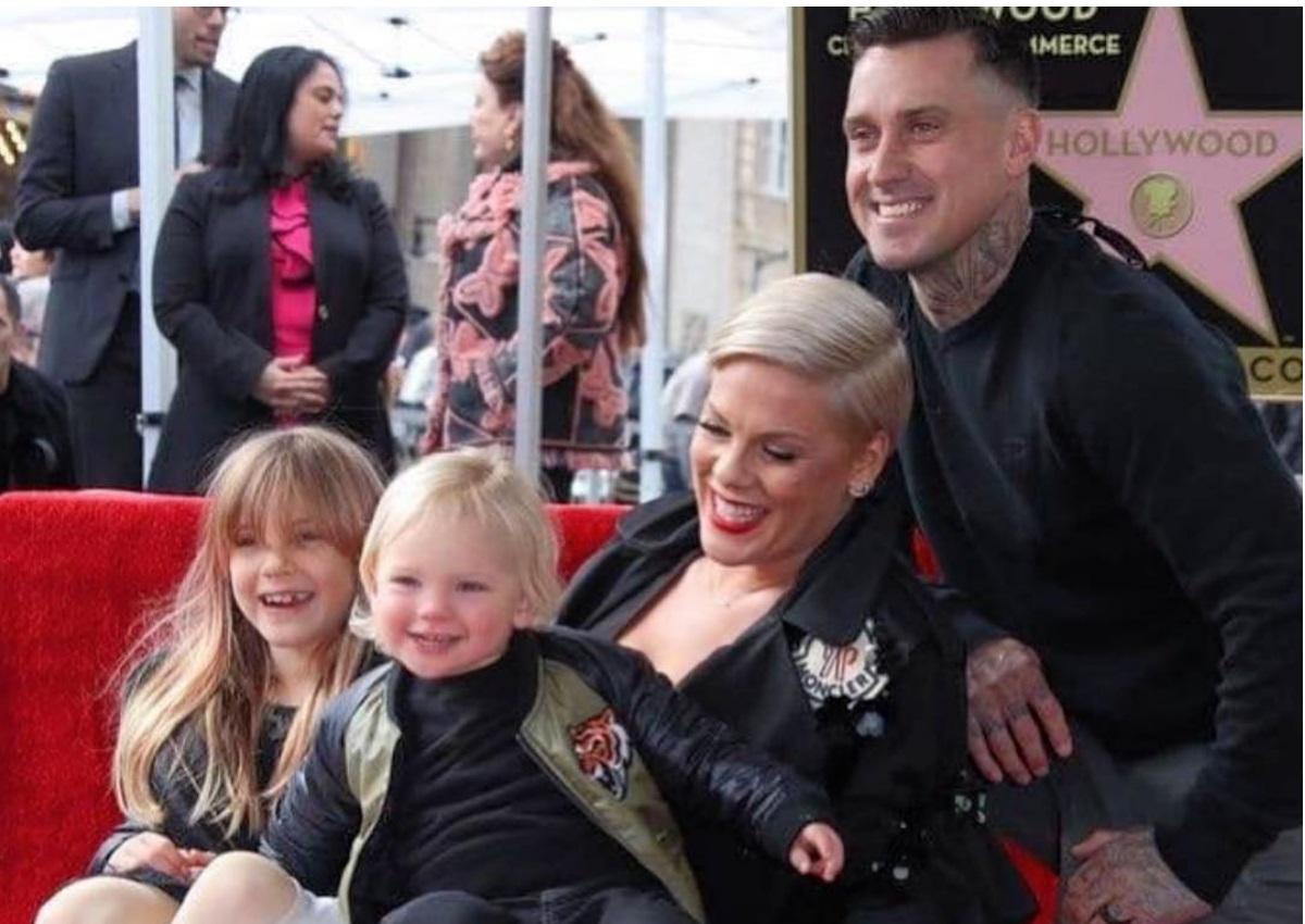 Pink: Απέκτησε το δικό της αστέρι στο Hollywood Walk Of Fame! [pics] | tlife.gr