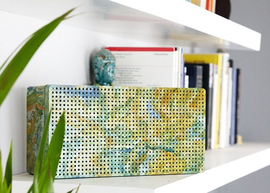 Ένα φορητό ηχείο που φτιάχτηκε από 100% *μη ανακυκλώσιμο* ανακυκλωμένο πλαστικό! | tlife.gr