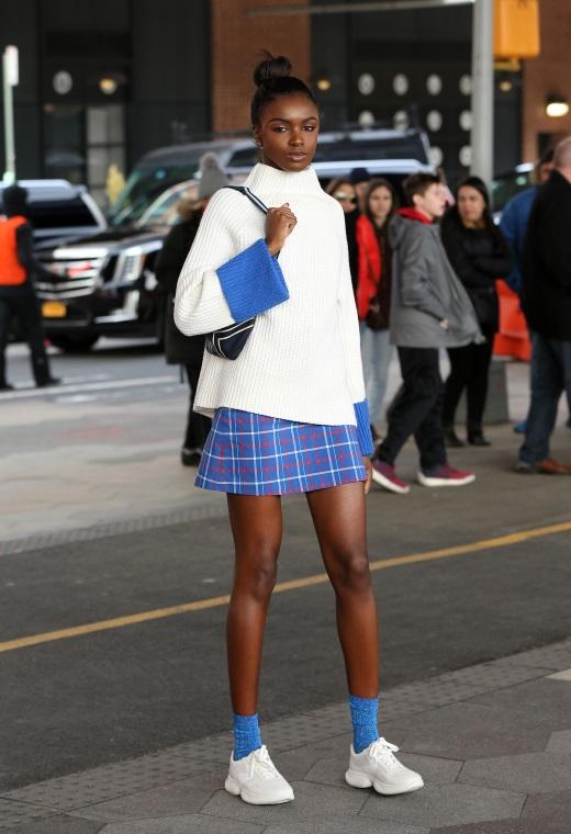 Νέα Υόρκη με μίνι φούστα