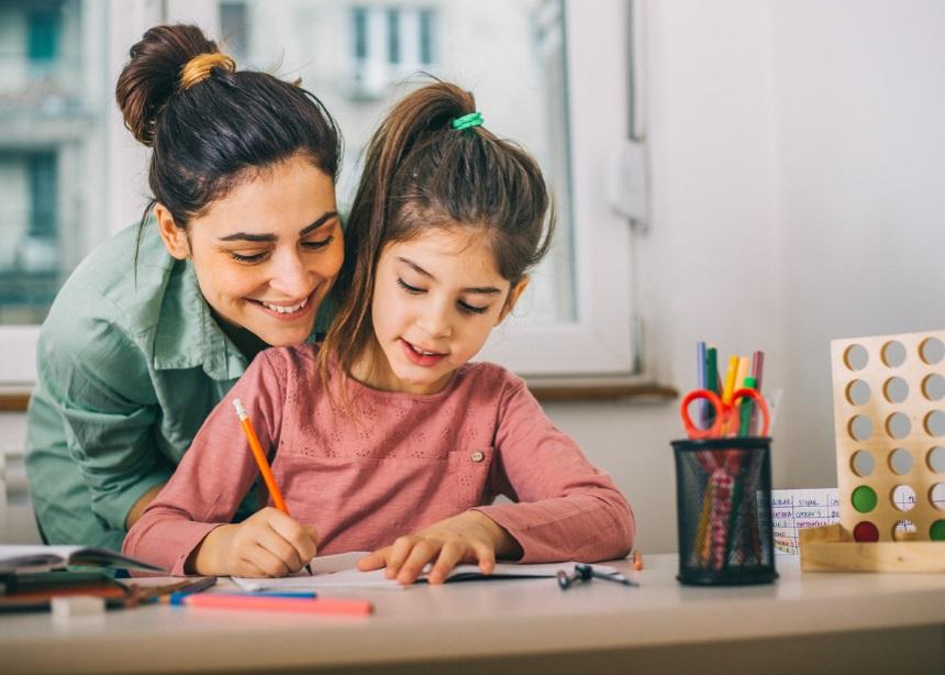 Διάβασμα στο σπίτι: 4 τρόποι για να αγαπήσει το μικρό σου την μελέτη