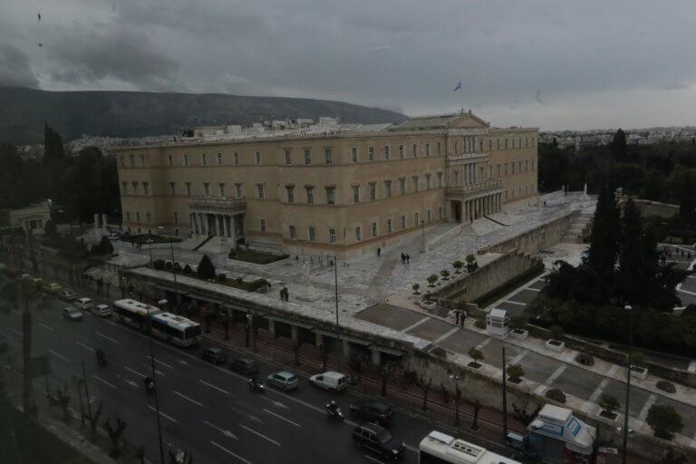 Καιρός: Συννεφιές και νέο κύμα κακοκαιρίας από Δευτέρα! | tlife.gr
