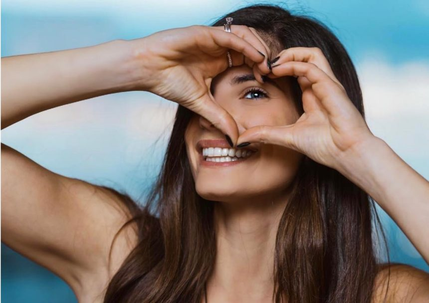 Χριστίνα Μπόμπα: Η εντυπωσιακή ομοιότητα με την μητέρα της! | tlife.gr