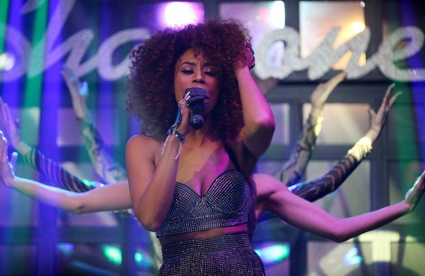 Shaya: Εκρηκτική εμφάνιση στη σκηνή για την παρουσίαση του νέου της video clip! [pics] | tlife.gr