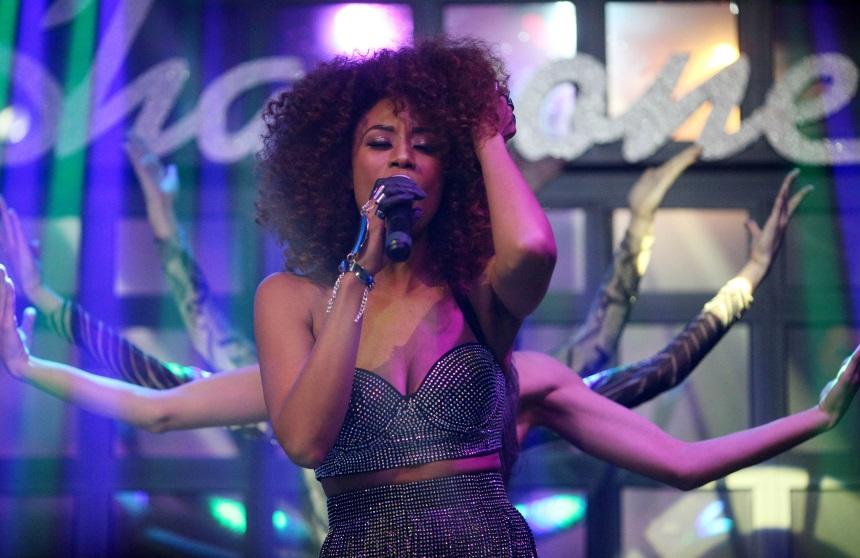 Shaya: Εκρηκτική εμφάνιση στη σκηνή για την παρουσίαση του νέου της video clip! [pics]