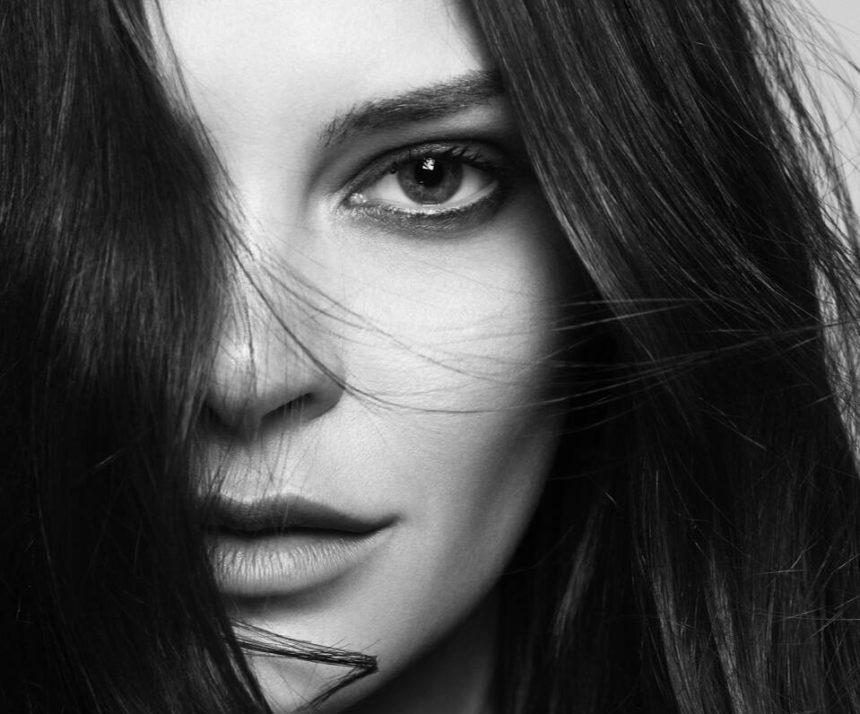 Η Υβόννη Μπόσνιακ ανάμεσα στους καλύτερους ανερχόμενους Σχεδιαστές Μόδας της Ευρώπης | tlife.gr