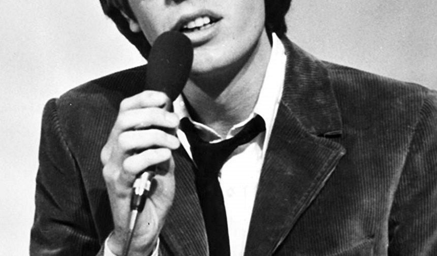 Πέθανε διάσημος καλλιτέχνης της πειραματικής ποπ μουσικής σε ηλικία 76 ετών | tlife.gr