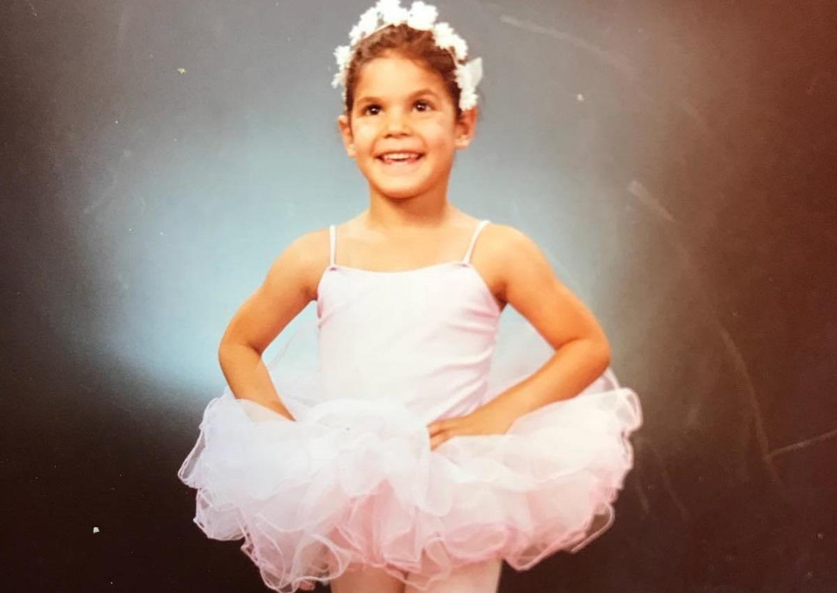 Η μικρή μπαλαρίνα της φωτογραφίας είναι γνωστή Ελληνίδα ηθοποιός! Την αναγνωρίζεις; | tlife.gr