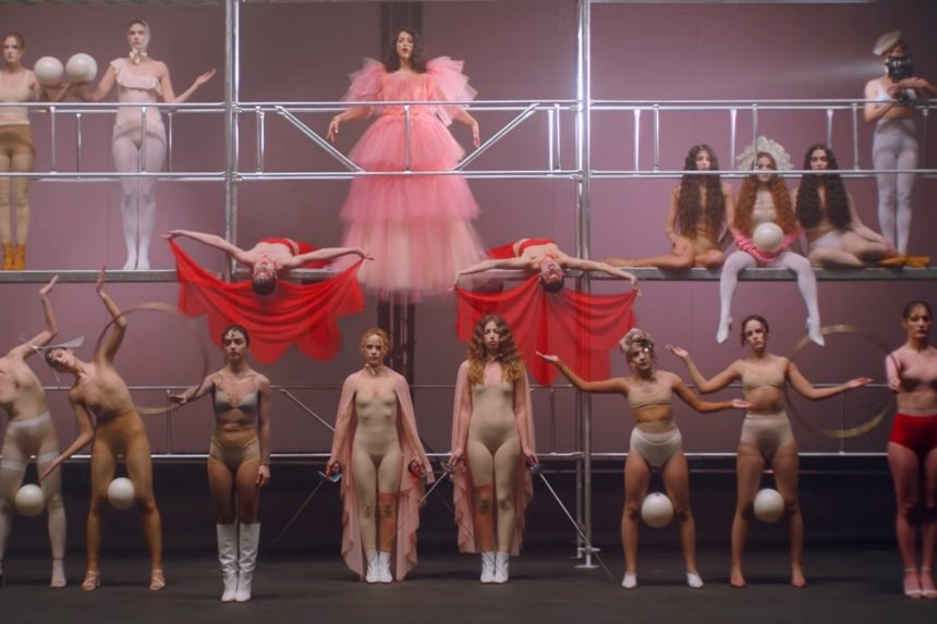 Eurovision 2019: Η σύζυγος του Γιώργου Χρανιώτη στο video clip του «Better Love»! | tlife.gr