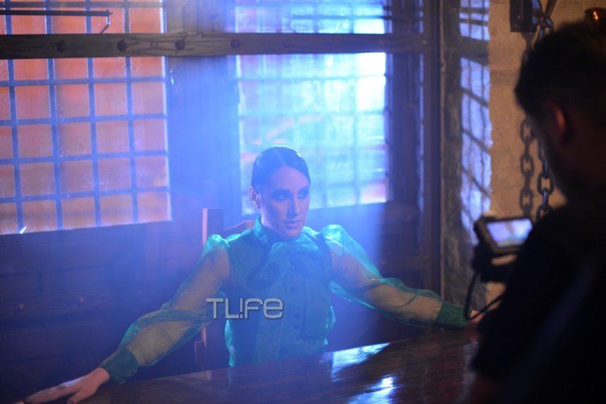 Μαλού Κυριακοπούλου: «Τρυπώσαμε» στα γυρίσματα του νέου της video clip! Αποκλειστικές backstage φωτογραφίες | tlife.gr