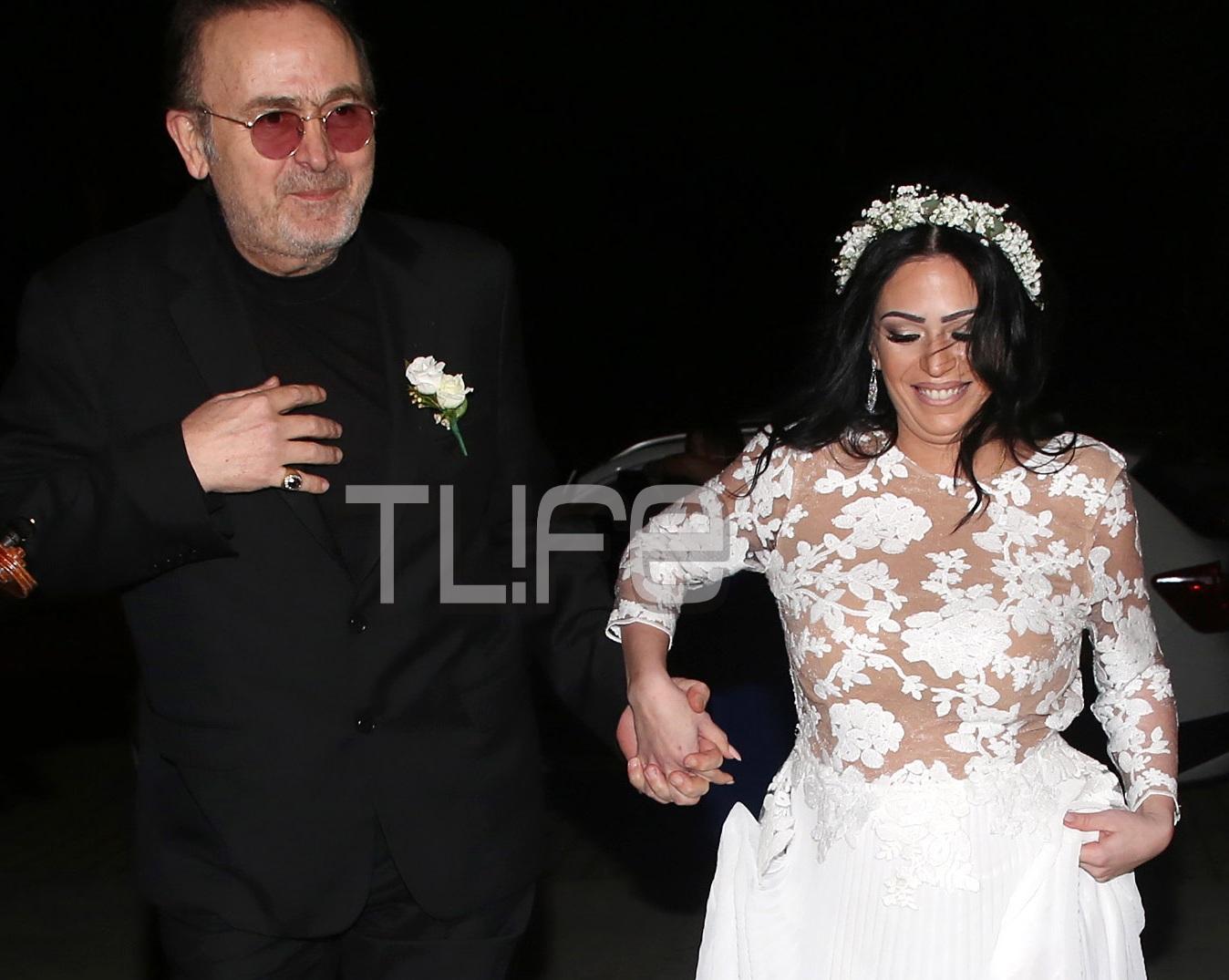 Σταμάτης Γονίδης: Το άλμπουμ του γάμου της εγκυμονούσας κόρης του Στεφανίας με τον αγαπημένο της! [pics] | tlife.gr