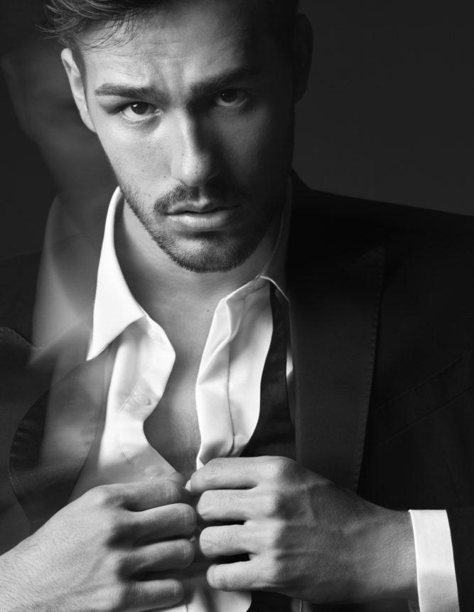 Ο Jacob Whitesides είναι το νέο πρόσωπο ενός νέου αρώματος των Viktor & Rolf! | tlife.gr