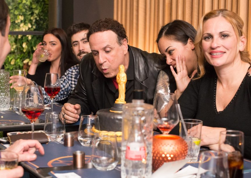 Γενέθλια για τον Χάρη Ρώμα – Το δείπνο με αγαπημένα του πρόσωπα και η εντυπωσιακή τούρτα που έσβησε! (pics) | tlife.gr