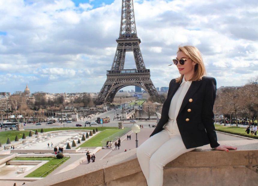 Τατιάνα Στεφανίδου: Ποζάρει μπροστά στον Πύργο του Άιφελ και είναι άκρως εντυπωσιακή! [pics]   tlife.gr