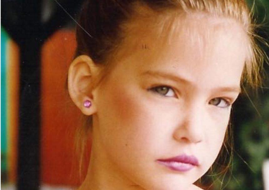 Το κοριτσάκι της φωτογραφίας είναι πασίγνωστο μοντέλο! Την αναγνωρίζεις; | tlife.gr