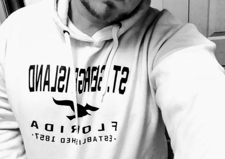 Διάσημος τραγουδιστής αυτοπυροβολήθηκε στα γυρίσματα του βίντεο κλιπ του   tlife.gr
