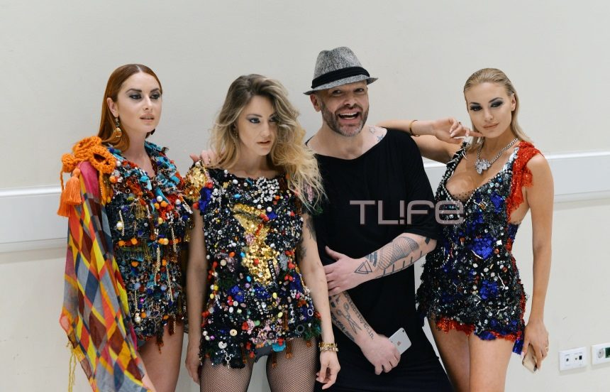 Oι celebrities περπάτησαν στην πασαρέλα του εντυπωσιακού show του Δημήτρη Στρέπκου! Φωτογραφίες | tlife.gr