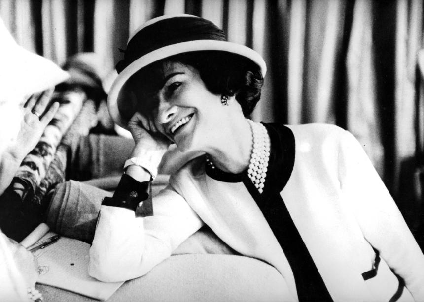 Τα πιο σημαντικά quotes της Coco Chanel για το στυλ | tlife.gr
