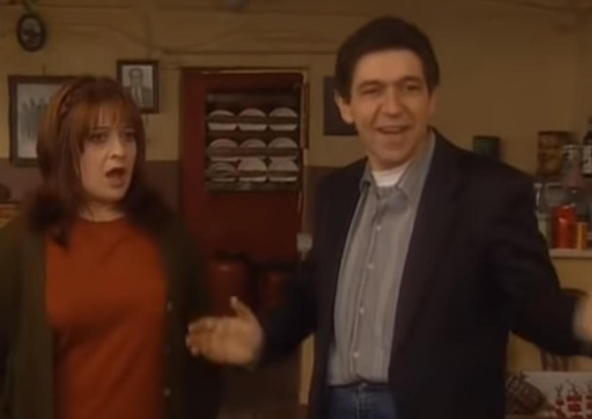 """Τζόυς Ευείδη – Γεράσιμος Σκιαδαρέσης: Reunion για την Σταυρούλα και τον Φατσέα του """"Καφέ της Χαράς"""" μετά από 13 χρόνια!"""