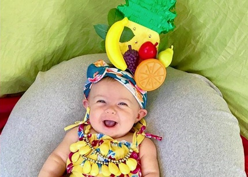 Αυτό το μωρό ενσαρκώνει τις πιο επιδραστικές γυναίκες της ιστορίας για τον φακό της μαμάς της! | tlife.gr