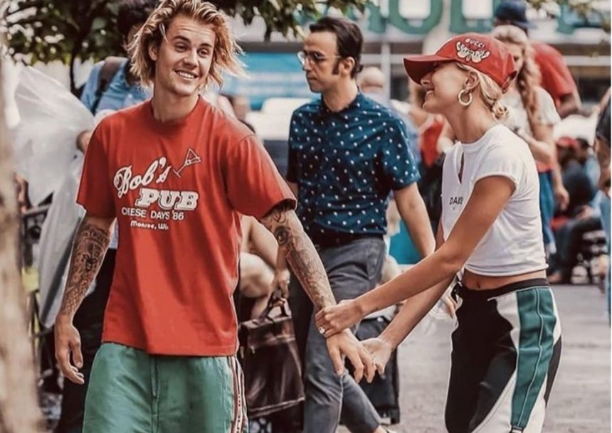 Justin Bieber: Φωτογράφισε την σύζυγο του μόνο με τα… εσώρουχα της!   tlife.gr