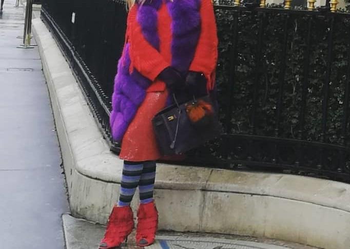 Ποια γνωστή Ελληνίδα έκανε αυτή την extreme εμφάνιση στο Παρίσι; [pics] | tlife.gr