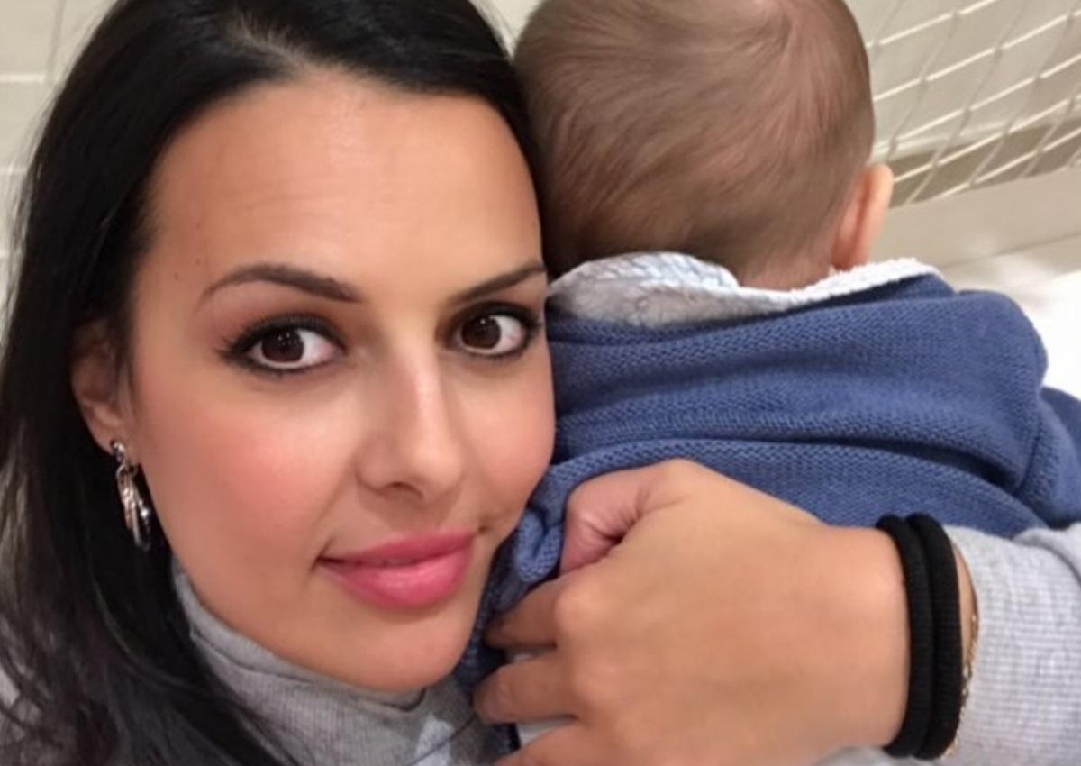 Όλγα Λαφαζάνη: Ο γιος της έγινε ενός έτους κι εκείνη δημοσίευσε την πιο τρυφερή φωτογραφία τους!