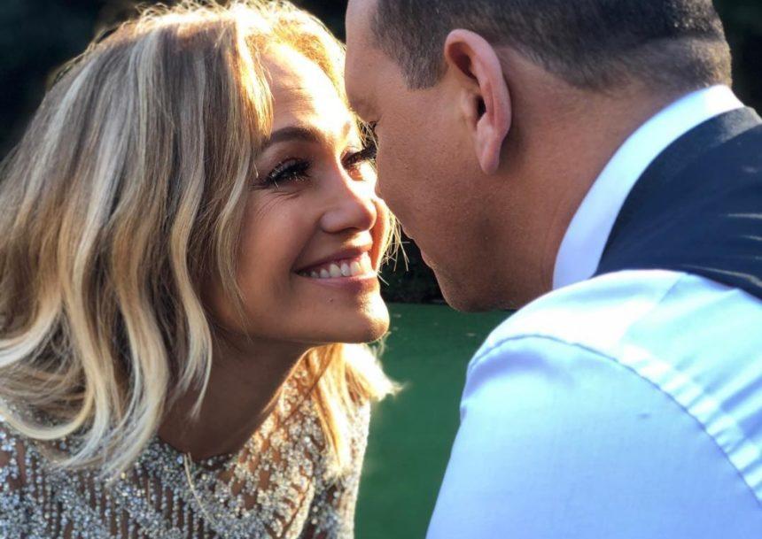 Παντρεύεται η Jennifer Lopez – Η πρόταση γάμου στις Μπαχάμες και το εντυπωσιακό μονόπετρο! | tlife.gr