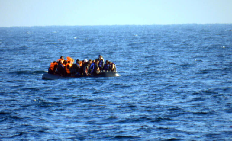 Ναυάγιο με τρεις νεκρούς μετανάστες στα ανοικτά της Σάμου – Οι δύο ήταν μικρά παιδιά που δεν άντεξαν | tlife.gr