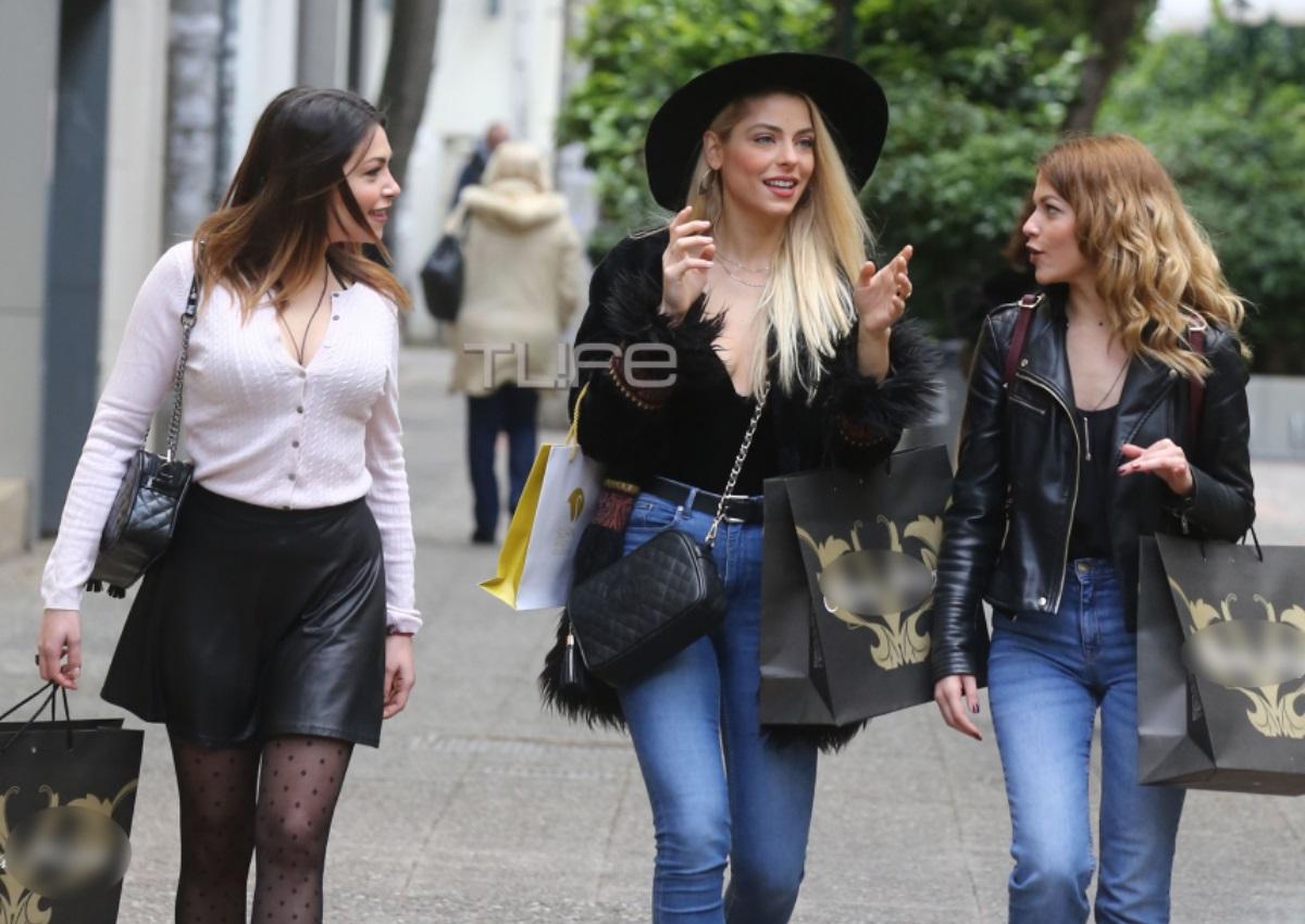Μυριέλλα Κουρεντή: Βόλτες στο Χαλάνδρι μαζί με τις κολλητές της με άψογο look! [pics] | tlife.gr