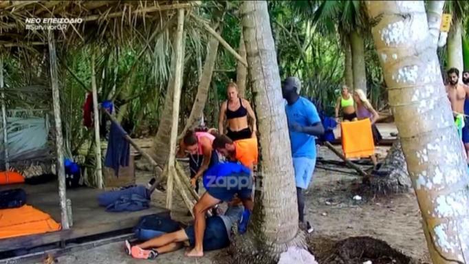 Survivor: Κατέρρευσε ο Κυριάκος Πελεκάνος! Τρόμαξαν οι παίκτες, πανικόβλητοι φώναζαν το γιατρό… | tlife.gr