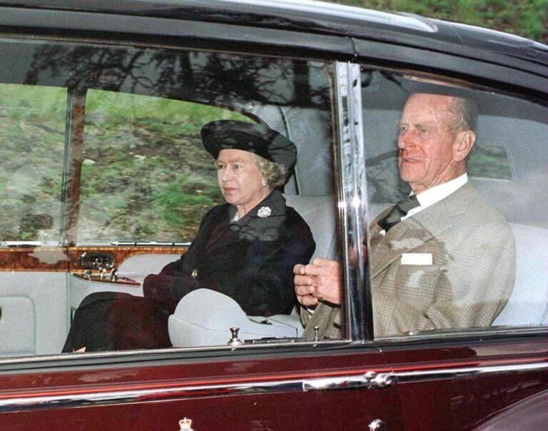 Βασίλισσα Ελισάβετ: Νέες αποκαλύψεις για τον θάνατο της Νταϊάνας! | tlife.gr