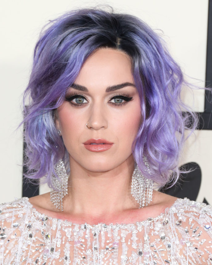 Katy Perry: μαντεύεις ποιο είναι το φυσικό χρώμα μαλλιών της; | tlife.gr