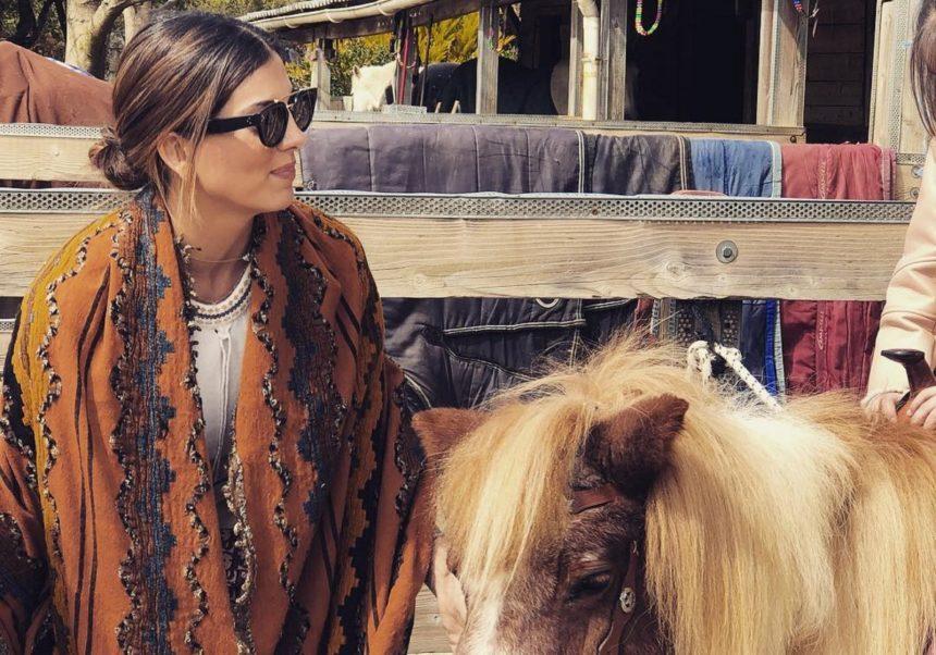 Σταματίνα Τσιμτσιλή: Η συγκλονιστική εμπειρία της μαθαίνοντας ιππασία! [video] | tlife.gr