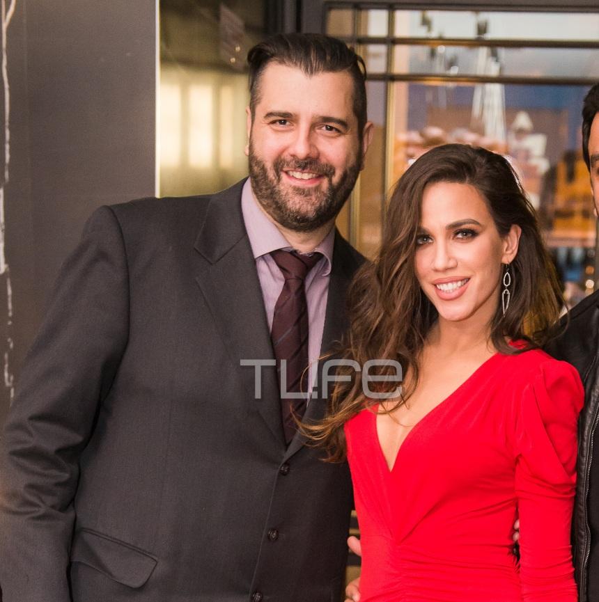 Κατερίνα Στικούδη: Chic εμφάνιση στα κόκκινα στο πλευρό του συζύγου της! [pics]
