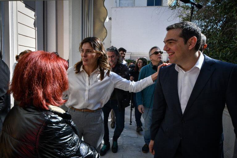 Ημέρα της Γυναίκας στο Μέγαρο Μαξίμου – Ποιες υποδέχτηκε ο Αλέξης Τσίπρας | tlife.gr