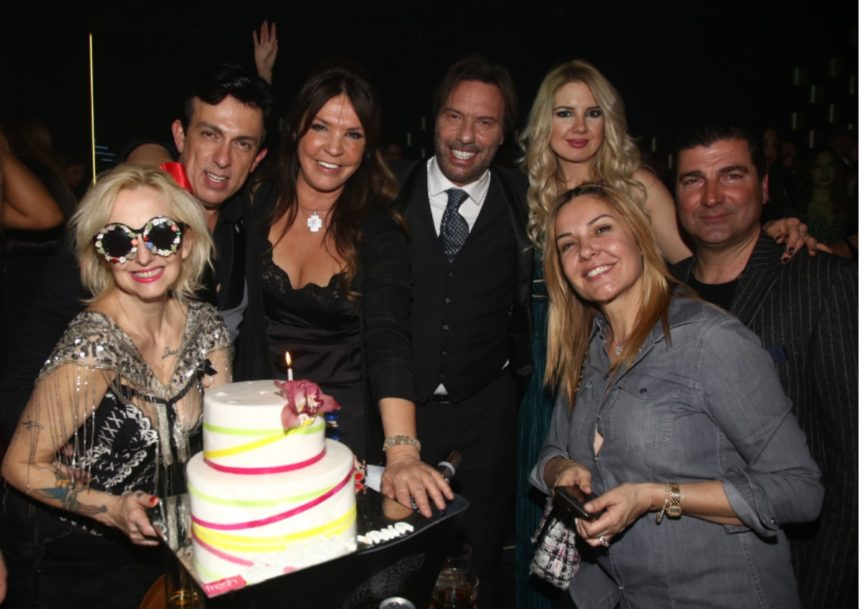 Τα λαμπερά γενέθλια της Βάνας Μπάρμπα! Νέες φωτογραφίες | tlife.gr