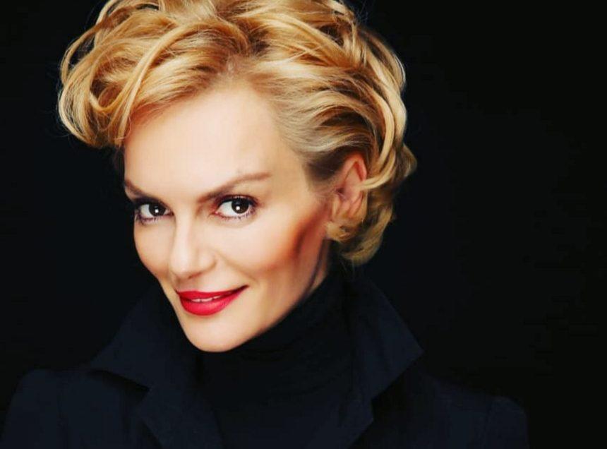 Έλενα Χριστοπούλου: Τα τρυφερά λόγια για γνωστή παρουσιάστρια συγκινούν! | tlife.gr