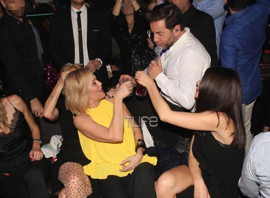 Κωνσταντίνα Μιχαήλ: Οι αγκαλιές με τον Γιώργο Μαζωνάκη σε νυχτερινή της έξοδο! [pics] | tlife.gr