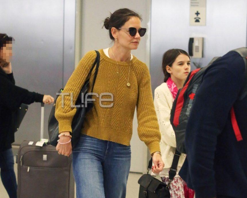 Katie Holmes: Με casual look και χωρίς μακιγιάζ στο αεροδρόμιο με την Suri! Νέες φωτογραφίες   tlife.gr