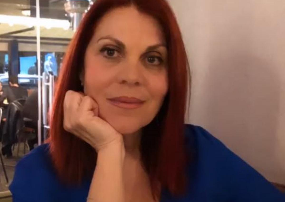 Είναι η μητέρα γνωστής Ελληνίδας ηθοποιού και την βλέπεις για πρώτη φορά!