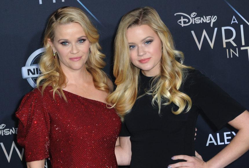 Η κόρη της Reese Witherspoon έκανε αυτό στα μαλλιά της για το Coachella! | tlife.gr