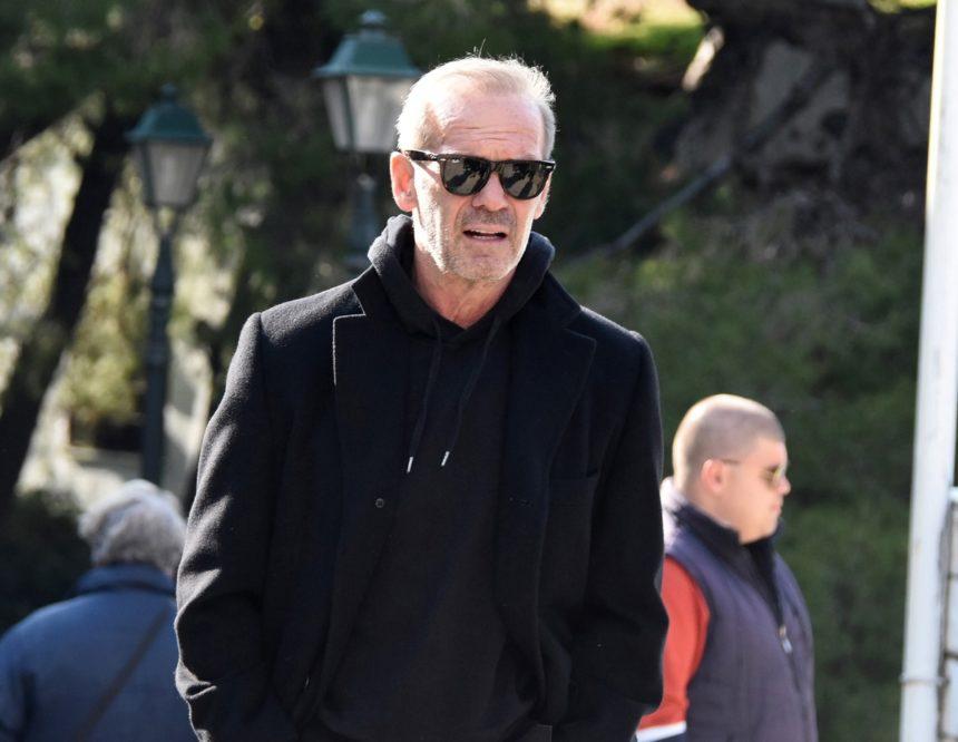 Πέτρος Κωστόπουλος: Η απώλεια που συγκλόνισε τον παρουσιαστή και τον γιο του | tlife.gr