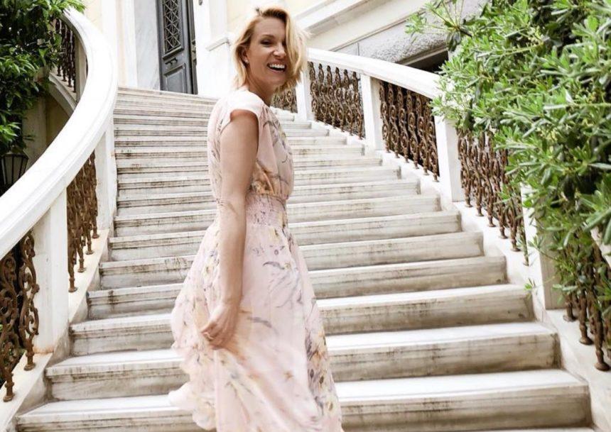 Βίκυ Καγιά: Φωτογραφίζει τον σύζυγό της, Ηλία Κρασσά, σε πρωινή βόλτα με τον γιο τους, Κάρολο! [pic]   tlife.gr