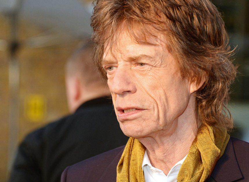 Mick Jagger: Το πρώτο δημόσιο μήνυμα μετά την επέμβαση που υπεβλήθη   tlife.gr