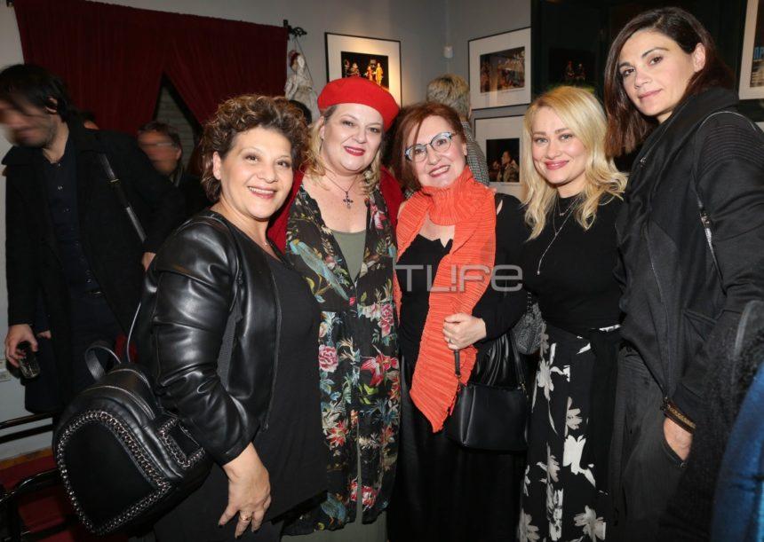 Λαμπερή πρεμιέρα για την παράσταση «Το παγκάκι»- Οι celebrities που έδωσαν το παρών! [pics] | tlife.gr