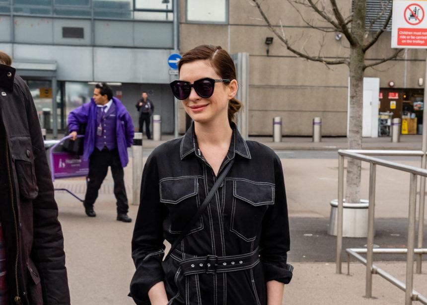 Η Anne Hathaway φόρεσε το κομμάτι κλειδί για αυτή την σεζόν | tlife.gr