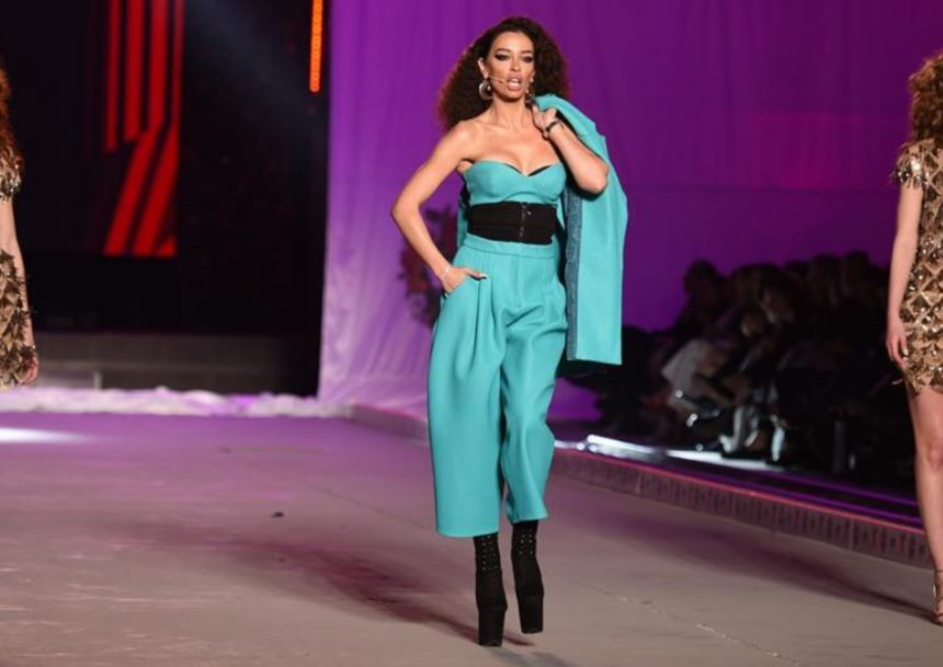 Madwalk 2019: Η sexy εμφάνιση της Ελένης Φουρέιρα στη σκηνή και το catwalk με δύο καλλονές-έκπληξη! (video)
