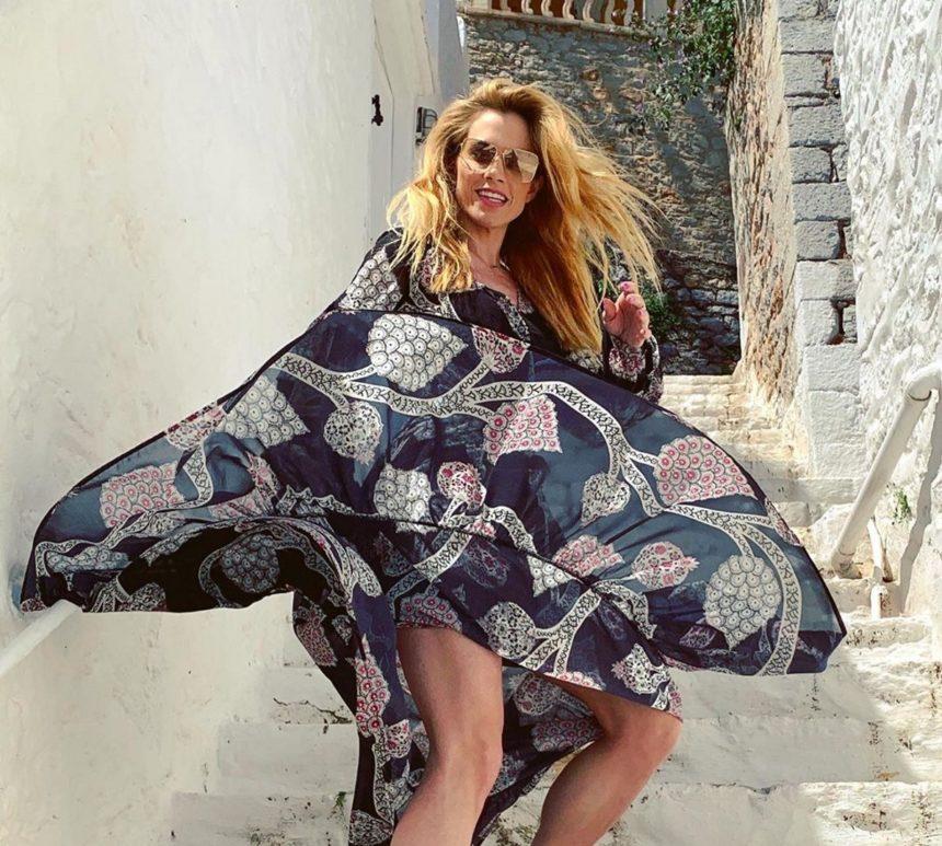 Ντορέττα Παπαδημητρίου: Κυριακάτικη εξόρμηση στην Ύδρα! [pic,video] | tlife.gr